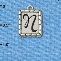 C5552+ tlf - Pebble Border Initial - N - Silver Plated Charm Jewelry Findings
